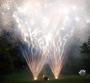 Bodenfeuewerk 5 Jahre HTH pyrotec Feuerwerke