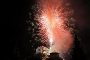 Höhenfeuerwerk Feuerwerk von HTH pyrotec beim Vorsilvester Kufstein 2007