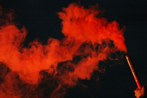 Feuer und Rauch  für Pass und Teufelgruppen bei HTH pyrotec